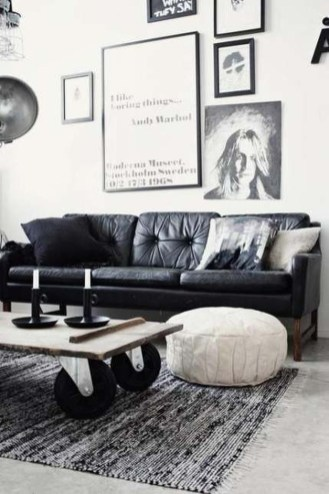 Luxury Black Leather Living Room Sofa Ideas For Comfortable Living Room33