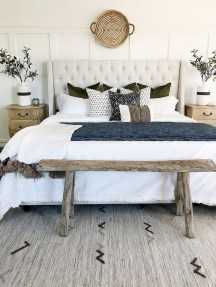 Make Your Bedroom Cozy With Neutral Bedroom Decorations01