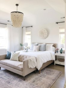 Make Your Bedroom Cozy With Neutral Bedroom Decorations33