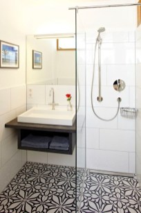 Simple Bathroom Accessories You Can Copy13