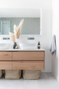 Simple Bathroom Accessories You Can Copy37