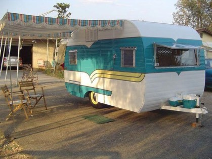 Unique Vintage Camper Exterior Ideas For More Impression02