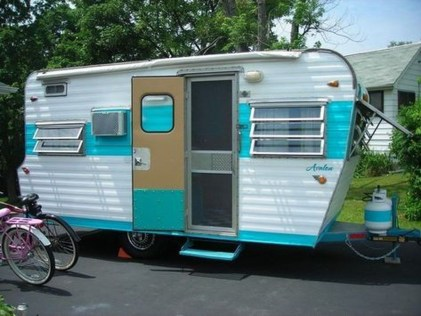 Unique Vintage Camper Exterior Ideas For More Impression07