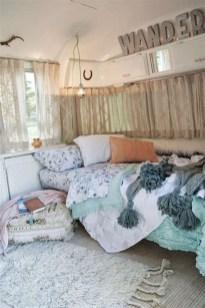 Vintage Nist Bedroom Decoration Ideas That Look More Beautiful11