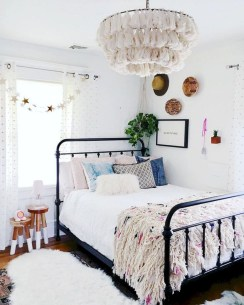 Vintage Nist Bedroom Decoration Ideas That Look More Beautiful36