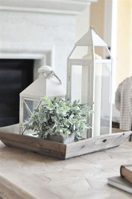 Wonderful Farmhouse Decor Ideas With Beautiful Greenery24