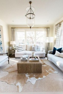 Wonderful Living Room Rug Layering Combination For Sweet Home33