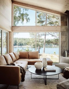 Attractive Lake House Living Room Decor Ideas09