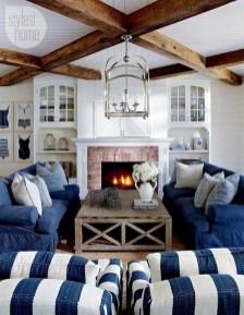 Attractive Lake House Living Room Decor Ideas19