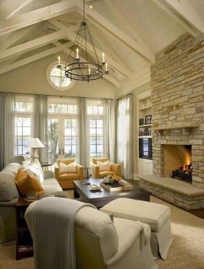 Attractive Lake House Living Room Decor Ideas34