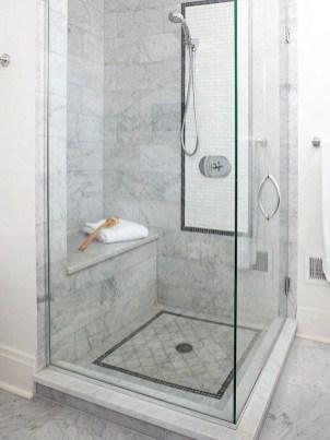 Captivating Small Master Bathroom Ideas07