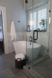 Captivating Small Master Bathroom Ideas32