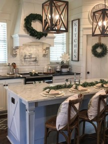 Cool French Country Kitchen Decorating Ideas30