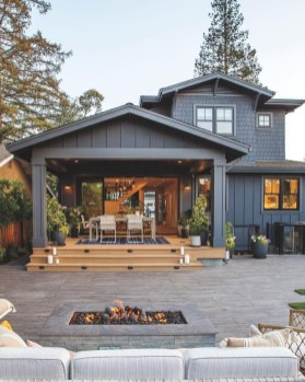 Creative Lake House Exterior Designs Ideas18