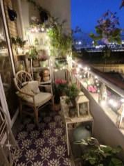 Enjoying Summer Balcony Decor Ideas01