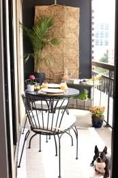 Enjoying Summer Balcony Decor Ideas11