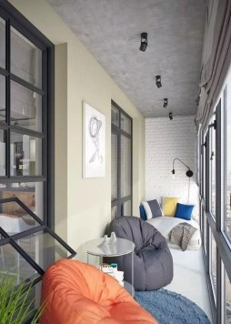 Enjoying Summer Balcony Decor Ideas35
