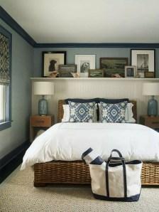 Impressive Coastal Bedroom Decorating Ideas22