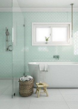 Minimalist Bathroom Bathtub Remodel Ideas24