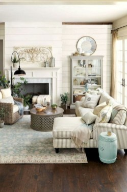 Perfect French Country Living Room Design Ideas16