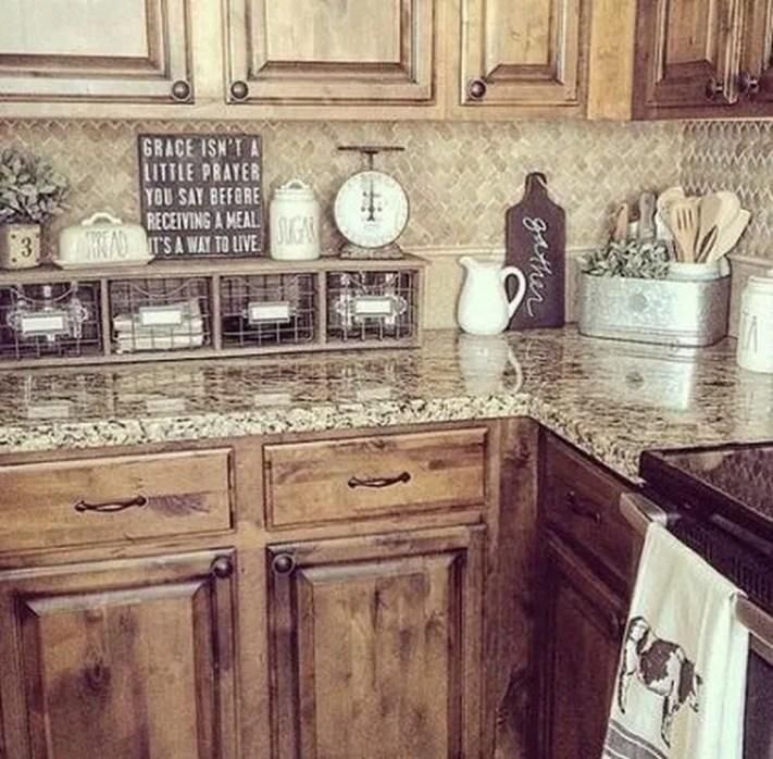 Pretty Farmhouse Kitchen Makeover Design Ideas On A Budget41