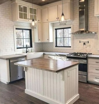 Pretty Farmhouse Kitchen Makeover Design Ideas On A Budget42