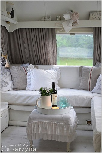 Shabby Chic Trailer Makeover Renovation Ideas47