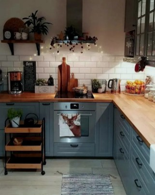 Stylish Farmhouse Kitchen Cabinet Design Ideas16