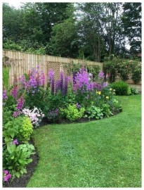 Astonishing Backyard Landscaping Ideas With Flower To Try11