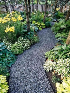 Astonishing Backyard Landscaping Ideas With Flower To Try25