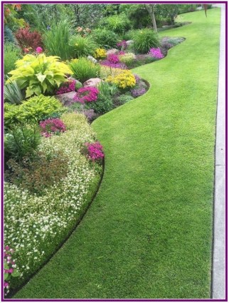 Astonishing Backyard Landscaping Ideas With Flower To Try38