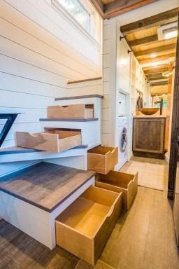 Astonishing Tiny House Design Ideas With Fabulous Storage07