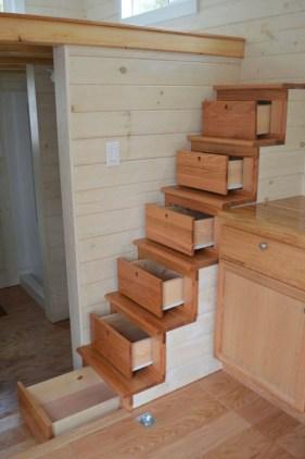 Astonishing Tiny House Design Ideas With Fabulous Storage18