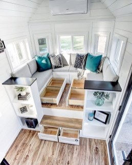 Astonishing Tiny House Design Ideas With Fabulous Storage19