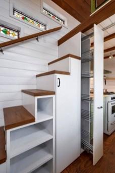 Astonishing Tiny House Design Ideas With Fabulous Storage37