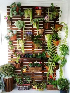 Fantastic Outdoor Vertical Garden Ideas For Small Space15