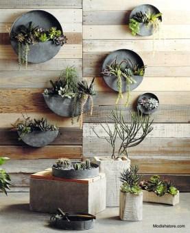 Fantastic Outdoor Vertical Garden Ideas For Small Space24