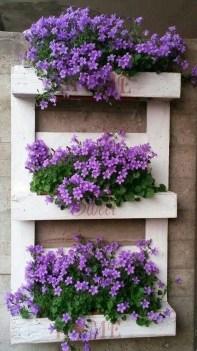 Fantastic Outdoor Vertical Garden Ideas For Small Space45