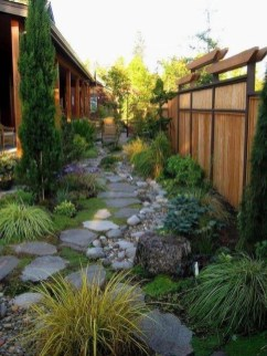 Fascinating Side Yard And Backyard Gravel Garden Design Ideas That Looks Cool02