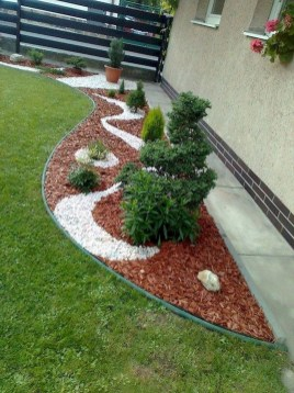 Fascinating Side Yard And Backyard Gravel Garden Design Ideas That Looks Cool27