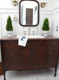 Four Practical Bathroom Designs17