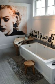 Modern Halloween Decorating Ideas For Your Bathroom31