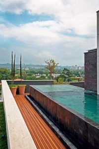 Most Amazing Rooftop Pools That You Must Jump In At Least Once30