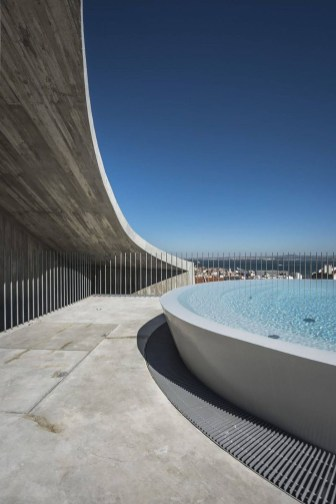 Most Amazing Rooftop Pools That You Must Jump In At Least Once39