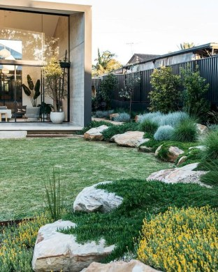 Outstanding Garden Design Ideas With Best Style To Try26