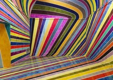 Unbelievable Public Architectural Optical Illusions16
