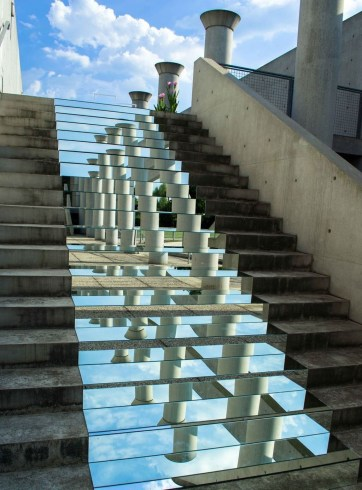 Unbelievable Public Architectural Optical Illusions38