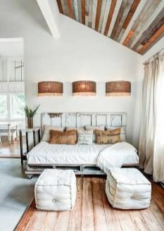 Cozy Rustic Bedroom Interior Designs For This Winter13
