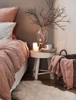 Cozy Rustic Bedroom Interior Designs For This Winter27