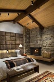 Cozy Rustic Bedroom Interior Designs For This Winter39